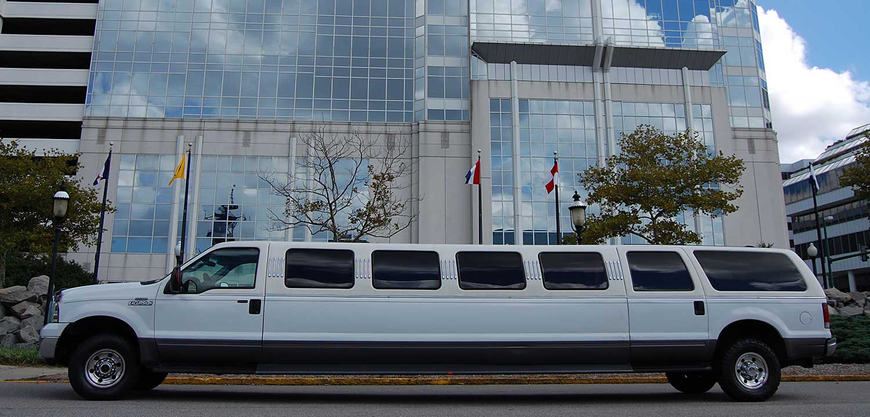 6 passenger limo rental